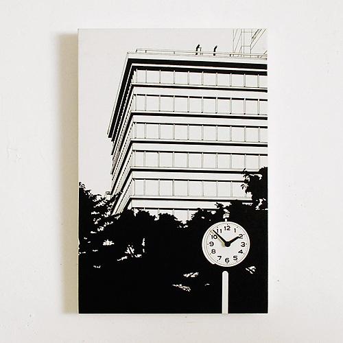 「ビルの見える公園」  イメージ1