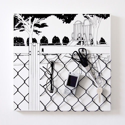 「フェンス越しの遊具」  イメージ2
